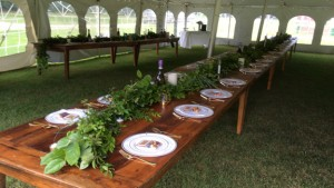 wedding table in tentSm